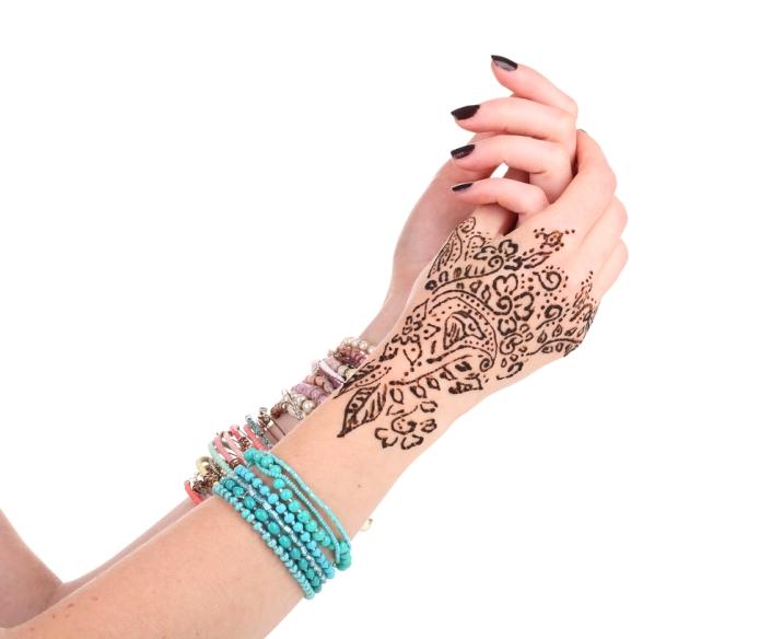 Exotism si traditie orientala 18 modele de tatuaje cu henna - Modele de henna ...