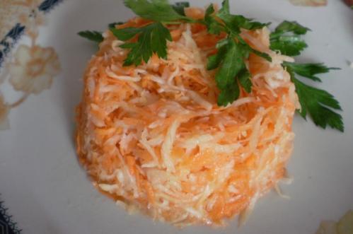 salata de telina