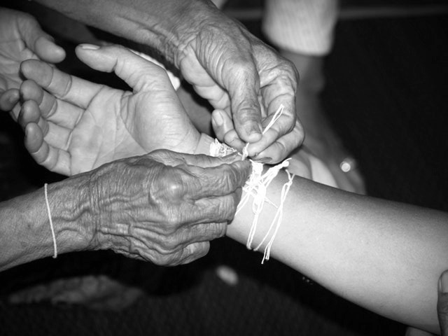 trauma itransgenerationala, bunica, nepoti