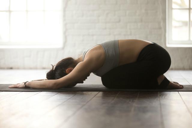 pozitia copilului, yoga