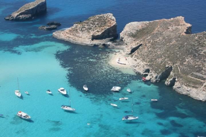 Laguna Albastra, Malta