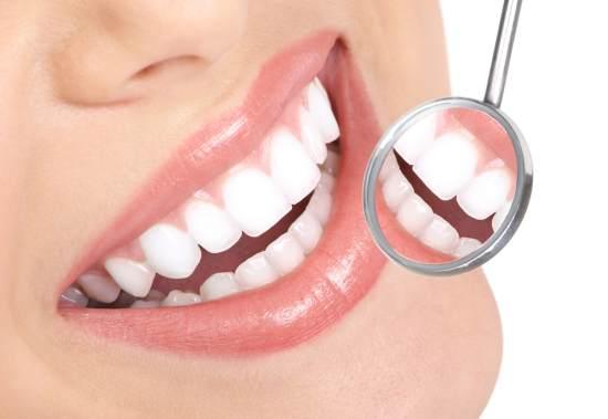 zambet frumos, dinti sanatosi, carii dentare