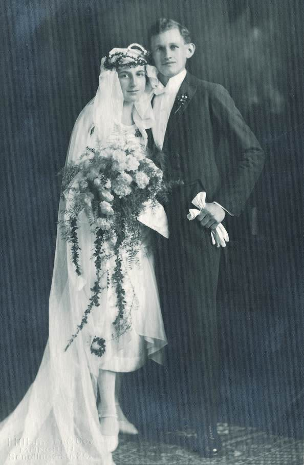 cuplu 1930, rochie de mireasa 1930