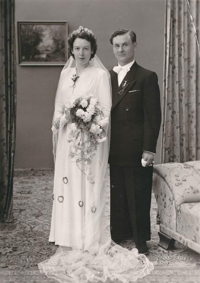 rochie de mireasa 1950, cuplu 1950, poza 1950