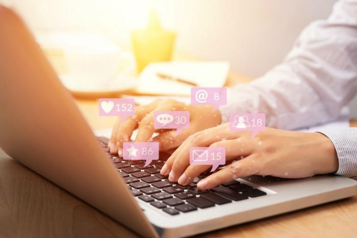 Internet, pericole pe internet, online, social media