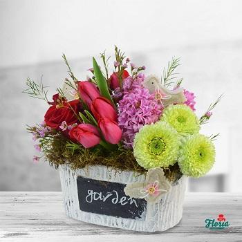 aranjament floral pentru indragostiti