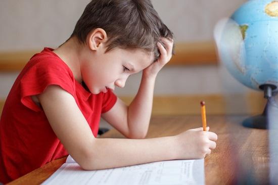 depresie copii, dificultati de concentrare
