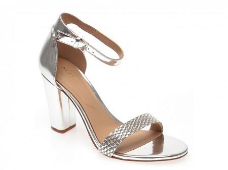 sandale argintii cu toc gros