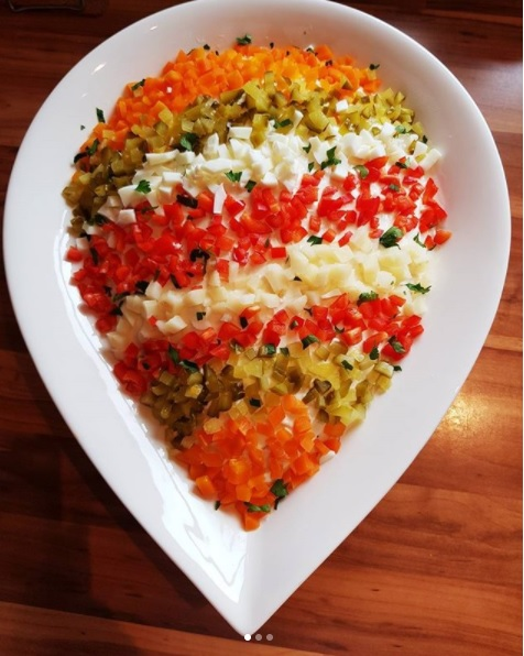Salata De Boeuf 29 De Idei Spectaculoase Ca Sa Decorezi Salata De