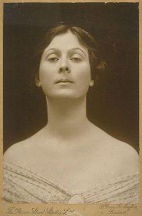 Isadora Duncan - sa dansezi inseamna sa traiesti