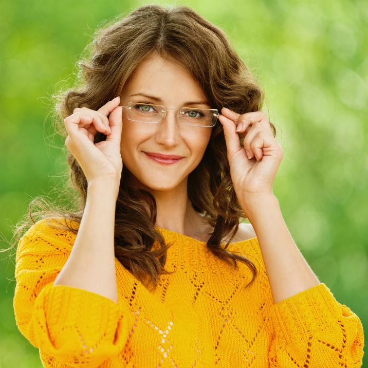 cel mai bun autentic cel mai ieftin pret preț redus 10 lucruri pe care doar femeile care poarta ochelari le vor intelege