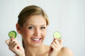 Tratamente naturiste pentru diminuarea cearcanelor
