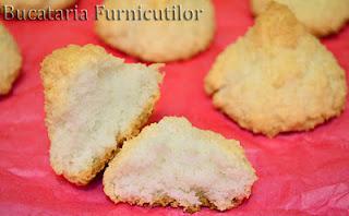 biscuiti cu cocos