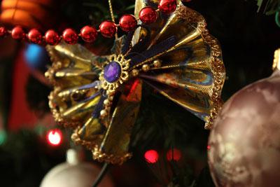 decoratiuni handmade pentru bradul de Craciun - distractie de copii