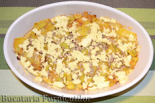 omleta cu cartofi si usturoi