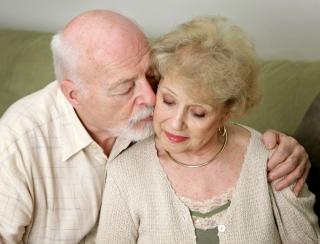 Teoria Triunghiulara a Iubirii: Tu ce fel de relatie psihologica ai?