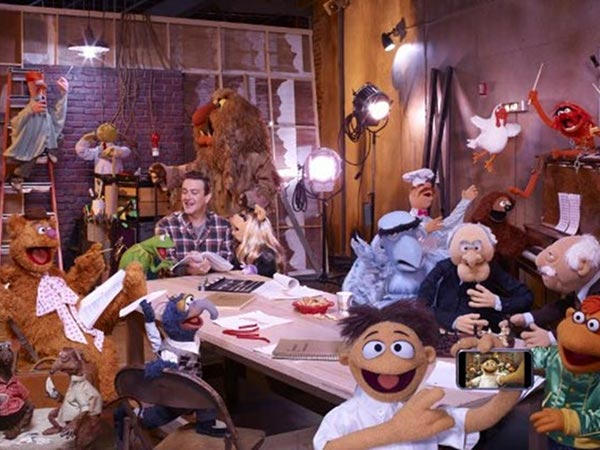 Papusile Muppets ne pregatesc un spectacol