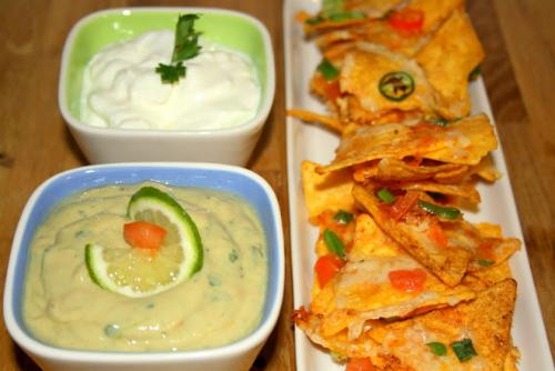 nachos cu guacamole