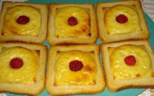 Toast cu ananas