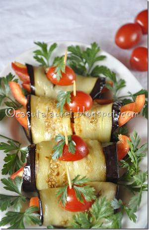 rulouri de vinete cu ardei gras