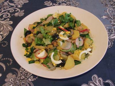 salata de cartofi cu peste afumat