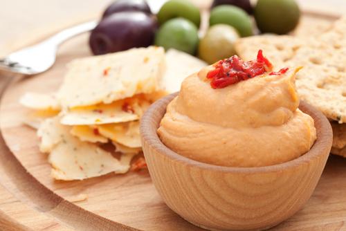 humus cu ardei copti