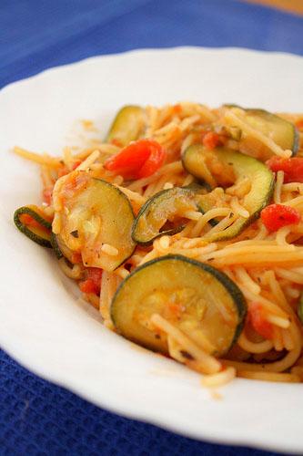 spaghete cu zucchini