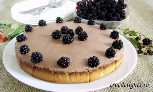 tarta cu ciocolata si mure