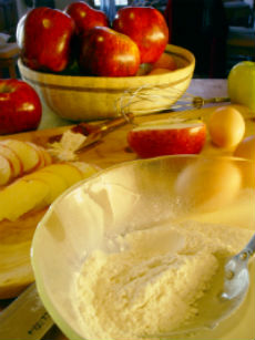 imagine preparare tort de mere