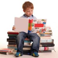 Dezbatere: Ce invata copiii din manuale