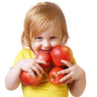 Convngeti-va copiii sa manance fructe si legume!