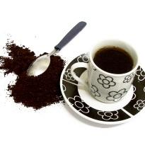 Ce sa faci cu zatul de cafea si cu plicurile folosite de ceai? 10 reutilizari INTELIGENTE