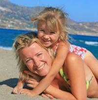 (P) Cea mai sigura si distractiva protectie solara pentru copilul tau