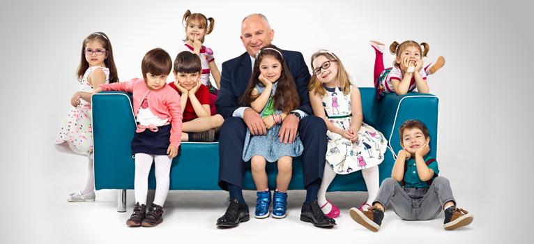 (P) Opt copii simpatici, vedete in noua reclama Salam Sasesc