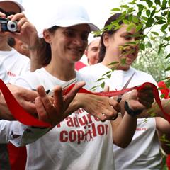 (P) Prima padure la stadiul de masiv in programul Padurea Copiilor–adopta un copac!