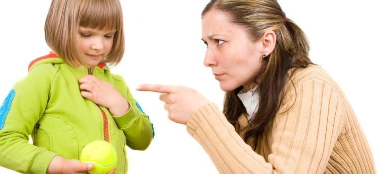 Ce NU trebuie sa ii spui NICIODATA copilului tau