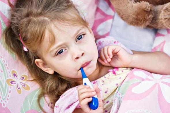 Sanatatea copiilor: provocarea parintilor in sezonul rece