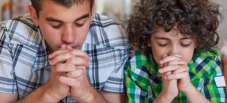 Religia, DA sau NU? Copiii crescuti fara religie, o alternativa mai buna, spun studiile