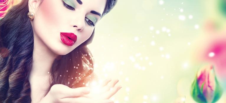 Horoscopul lunii: Top 3 zodii care au parte de dragoste la superlativ in Mai 2015