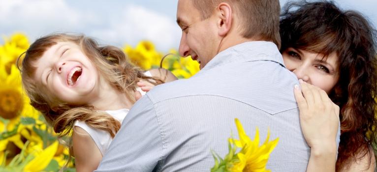 Cum sa te folosesti de Neuronii Oglinda pentru a creste copii fericiti, increzatori si buni
