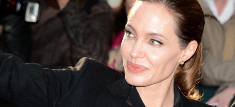 Angelina Jolie catre ONU: Este ingrozitor sa vezi mii de refugiati care se ineaca la portile Europei