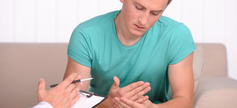 Ai nevoie de un psiholog? Fundatia Estuar ofera consiliere gratuita tinerilor intre 19 si 29 de ani