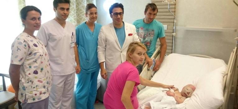 Un caz unic pentru doctorul Mehmet Mutaf: 'Un baiat dragalas, dar si o provocare... fara voi, nu l-as fi cunoscut pe Alex'