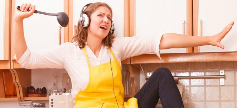 5 moduri simple prin care vei transforma bucataria intr-o camera terapeutica