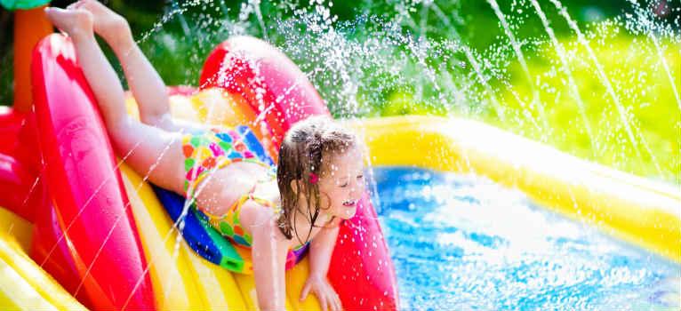 Cum poti sa-i oferi cea mai frumoasa vara copilului tau, cand nu ai buget si nici timp
