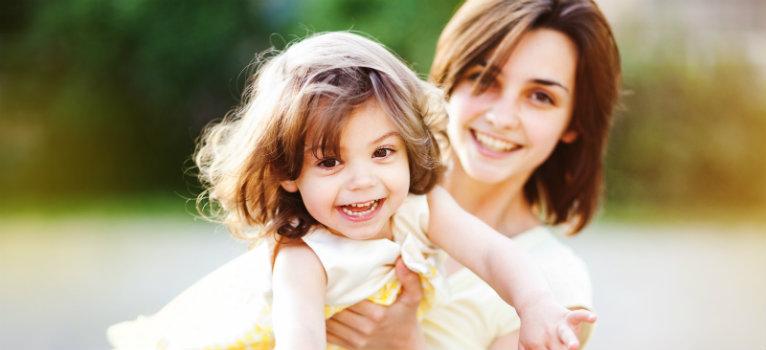 4 lucruri de care copilul tau are cu adevarat nevoie pentru a fi fericit