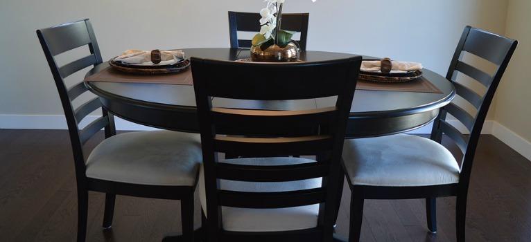 Sfaturi practice pentru alegerea setului de mobila pentru dining