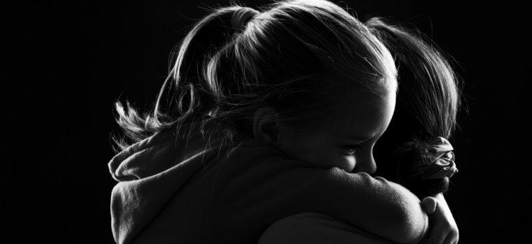 Povestea celor 10 mame: Tu ce ai vrea sa le oferi copiilor tai?