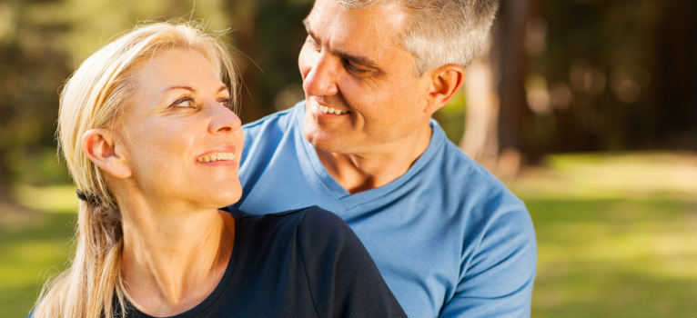 4 secrete ale cuplurilor cu adevarat fericite. Ce ar trebui sa faci mai des inca de azi