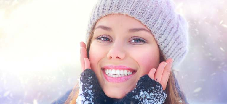 Sensibilitatea dentara in sezonul rece: Care sunt efectele frigului asupra sanatatii orale?